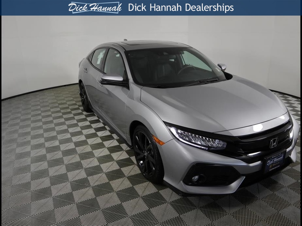 Pre Owned 2017 Honda Civic Sport Touring 4d Hatchback In Vancouver